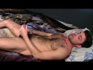Hairy-cock-stud-lays-down-and-jerks-himself-hi
