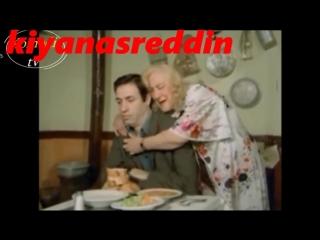 Türk filminde Kemal Sunal'ı sevişmeye zorlamak - Remziye Fırtına o yaşında bile frikik veriyor