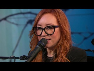 """Saturday Sessions: Tori Amos performs """"Cloud Riders"""""""