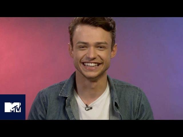 Descendants 2 Star Thomas Doherty Plays Disney Charades!   MTV Movies