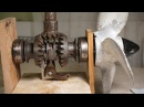 ПРИВОД ВИНТА ЛОДОЧНОГО МОТОРА How an Evinrude gearbox works - outboard gear shifting - forward / reverse