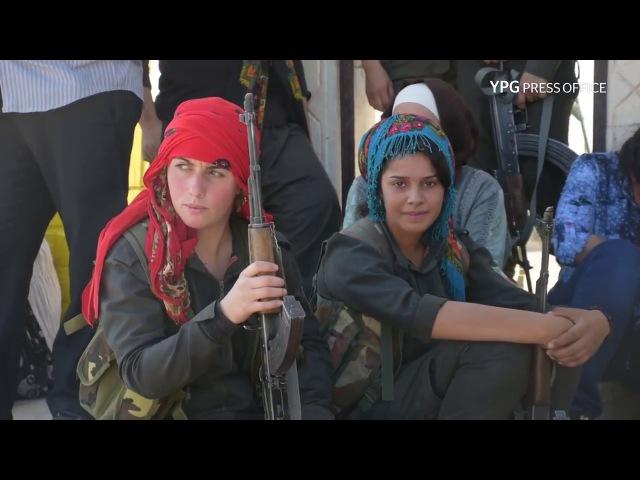 Gelen Rojavaye Kurdistane Li Bajare Hesekê Serdana Goristana şehîden YPG ü YPJ pîroz Dikin