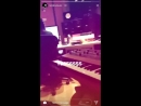 Carly singing on kimbra's instagram story