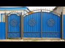 Красивые ворота из профнастила.