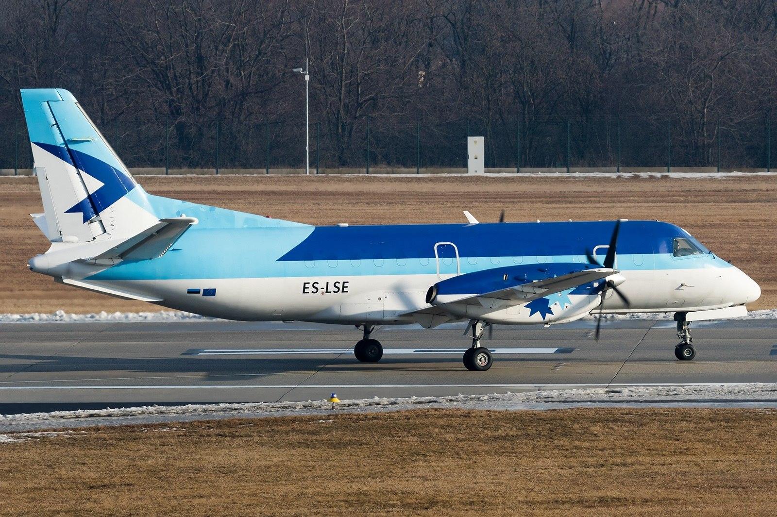 Пассажирский Saab авиакомпании Airest в аэропорту