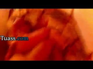 Follando en la habitacion antes de que llegue su marido Video Porno Tuass.com