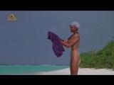 Бо Дерек (Bo Derek) голая в фильме «Призраки этого не делают» (1989)