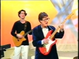 Hank Marvin - TV appearance-The Young Ones -