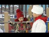 Дети играют в доктора - Лизнула железяку на морозе - отодрала язык с кровью