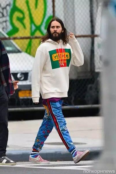 Джаред Лето на улицах Нью-Йорка.