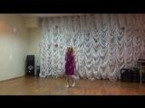 Саша в образе певицы Веры Брежневой