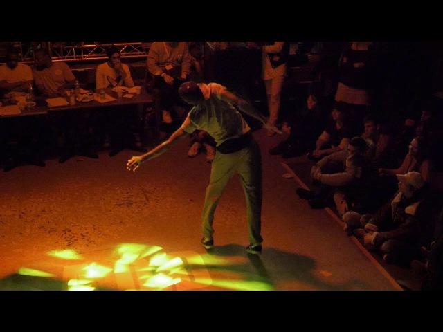 LINDSAY (Badness) VS MOÏSE Finale Qui a le flow AOD 11