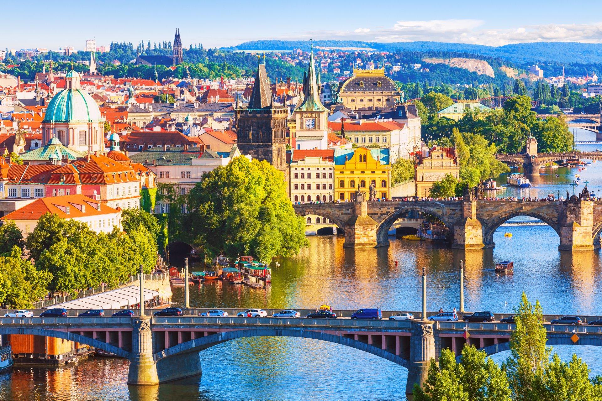 Историческая часть Праги осенью