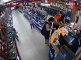 Мелкие украли планшет с магазина