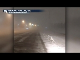 While severe weather has been occurring in the south &amp southeast, a blizzard is underway in the high plains! Check out the blowi