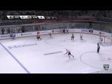 Моменты из матчей КХЛ сезона 16/17 • Опасный бросок из-под защитника. Магнус Хелльберг выручает 09.09