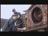 Новости на «Россия 24»  •  В Приморье восстанавливают поднятый со дна моря танк