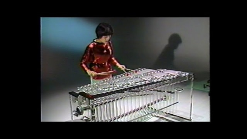 Crystal Marimba Glass Harp ガラスのマリンバ と グラス ハープ 高橋美智子 Michiko Takahashi