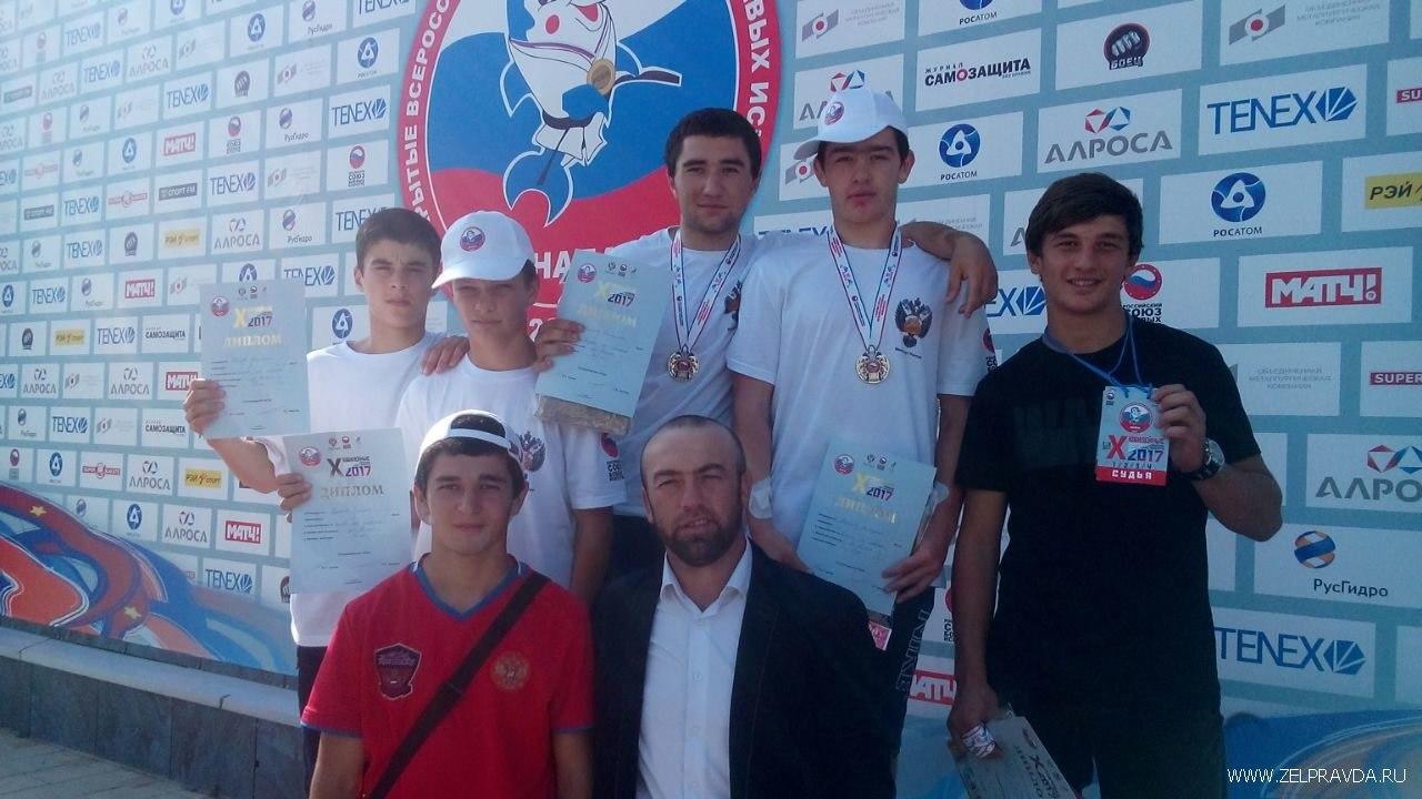 Борцы из Сторожевой призеры Всероссийских юношеских игр боевых искусств