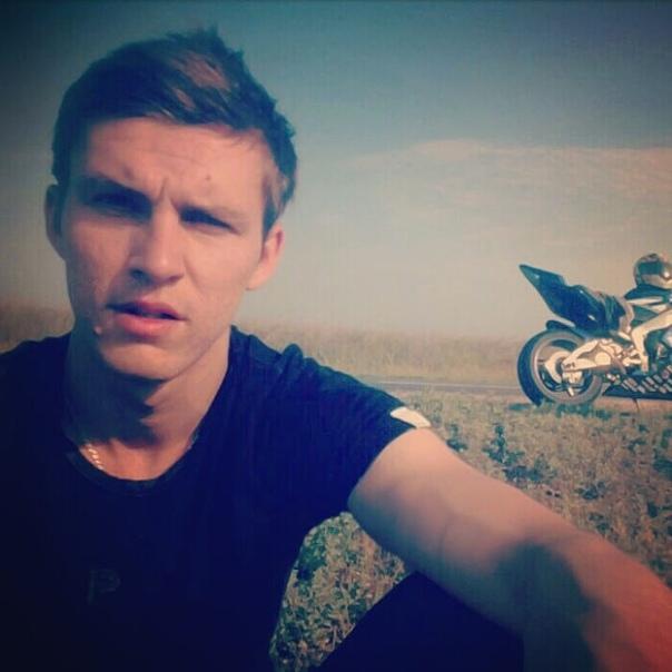 Антон зеленцов депутат фото