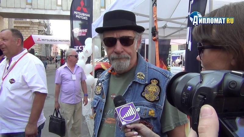 Знаменитый английский байкер Дэвид Лиис