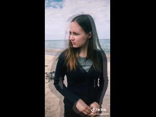 Девочка не растерялась)))