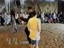 Дискотека 90-х Парень классно танцует