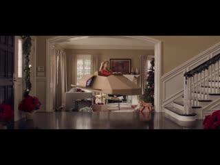 Волшебная коробка в рождественской рекламе fedex
