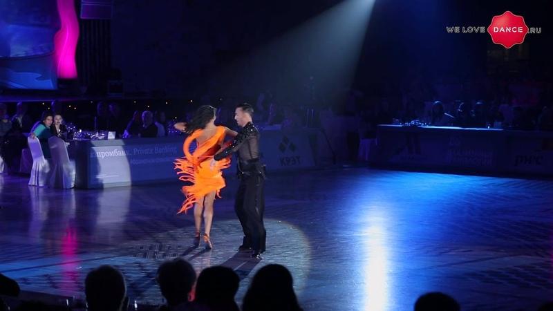 WLD Stefano di Filippo Dasha Chesnokova. Gala Kremlin 2014. Showdance. Samba.