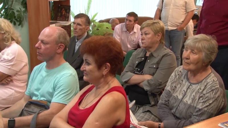 Встреча Данияра Сафиуллина с жителями улицы Лежена в Дзержинском районе