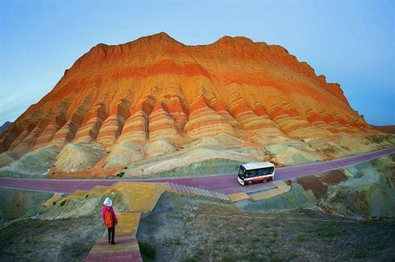 Китай: цветные горы Чжанъе-данься, изображение №7