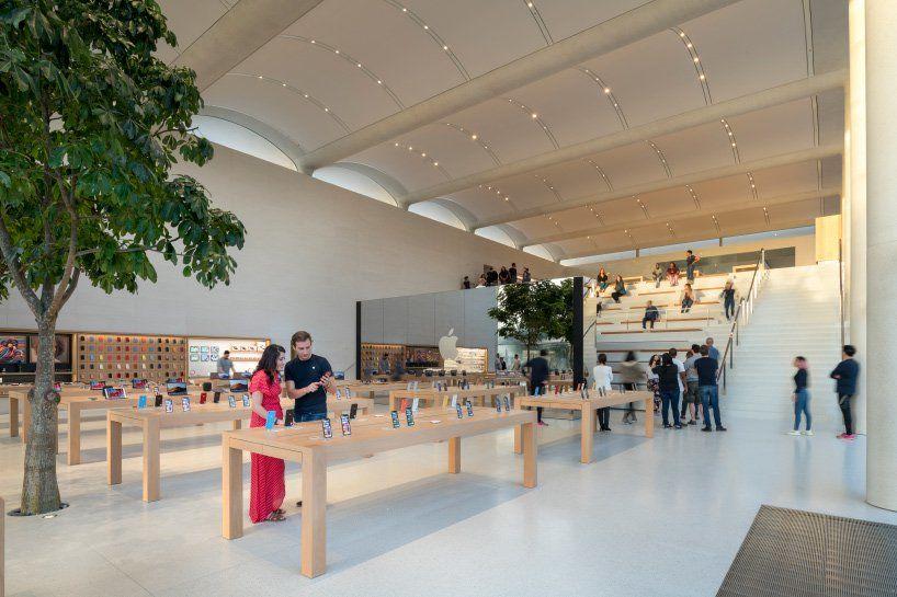 Apple  магазин в Майями