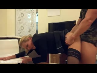 Трахнул шикарную сучку раком секс любительское молодые русское жесткое минет и сперма сосет хуй