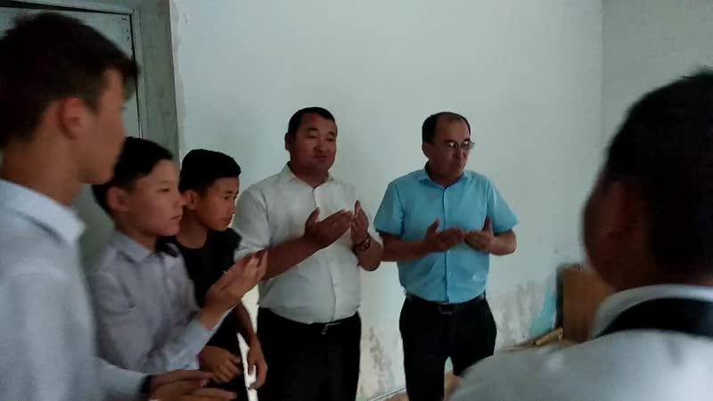 Шалқар ауылы халқына концерт беріп келдік