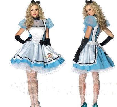 Косплей Алиса в стране чудес