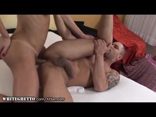 Whiteghetto_hung_amateur_trans_woman_bareback_fucks_dude_720p