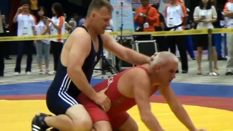 Old man wrestling mature daddy mature daddy fitness silver daddy OLD MEN LYCRA GRANDPA IN A SINGLET