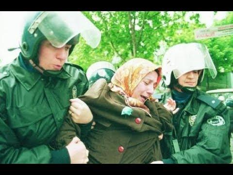 Abdullah Gül Reisin karşısına geçerken vicdanın hiç mi sızlamıyor yahu