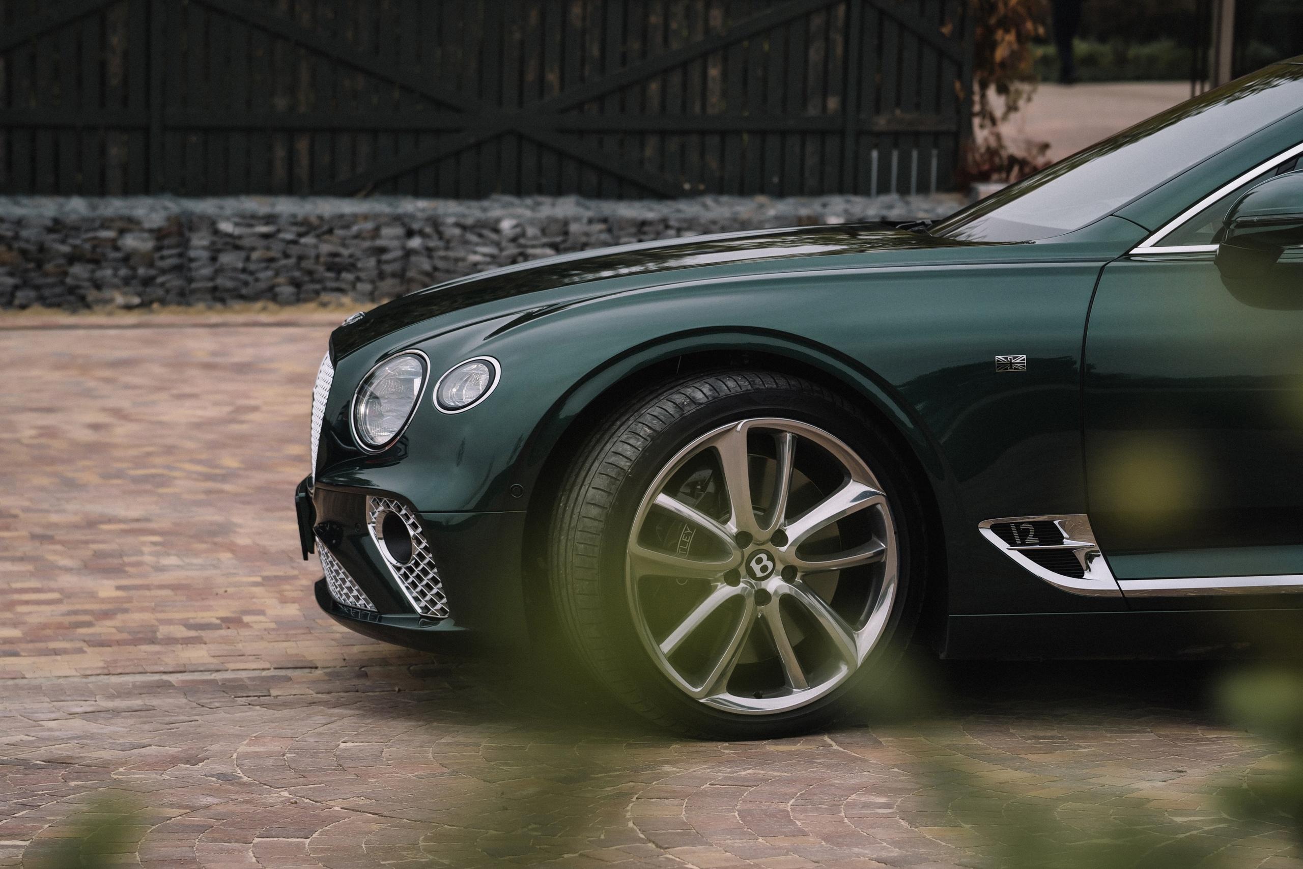Фоторепортаж: 100-летие Bentley в Ростове-на-Дону