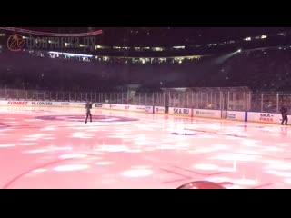 Олимпийская чемпионка Алина Загитова выступила на разогреве перед матчем СКА  ЦСКА