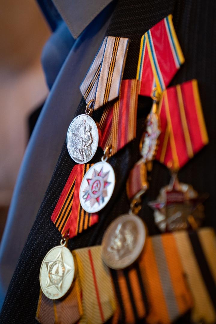 Медаль для старейшего ветерана, изображение №4