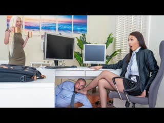 [SneakySex] Bella Rolland - Turning Her Off And On Again