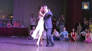 Прекрасная песня!!! Мы параллели!!! Нина и Валерий Капризовы.