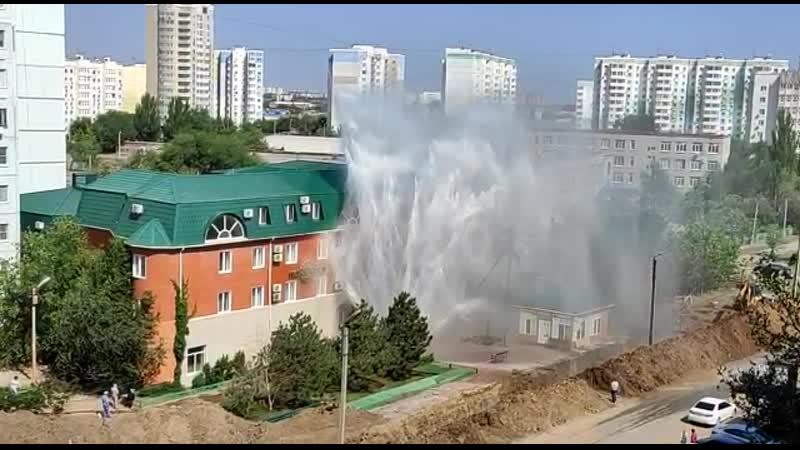 AST В Астрахани открылся новый фонтан