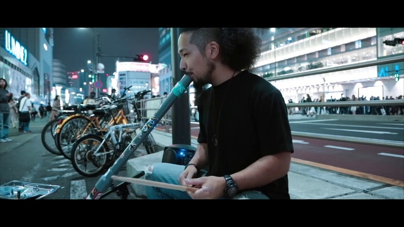 Amazing Techno Bucket Drumming Street Musician