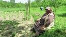 Bağ bahçe işleri ineklerin bakımını yapıyor Elif ile Eymen