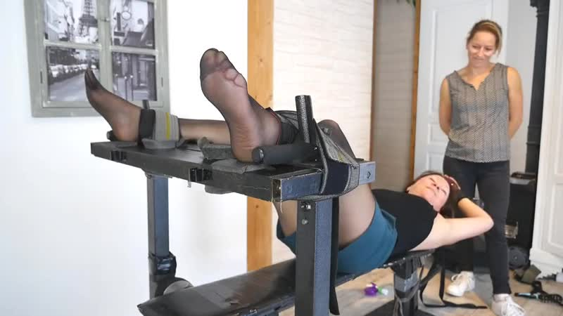 FrenchTickling - Aurelias Ticklish Experience In Nylons