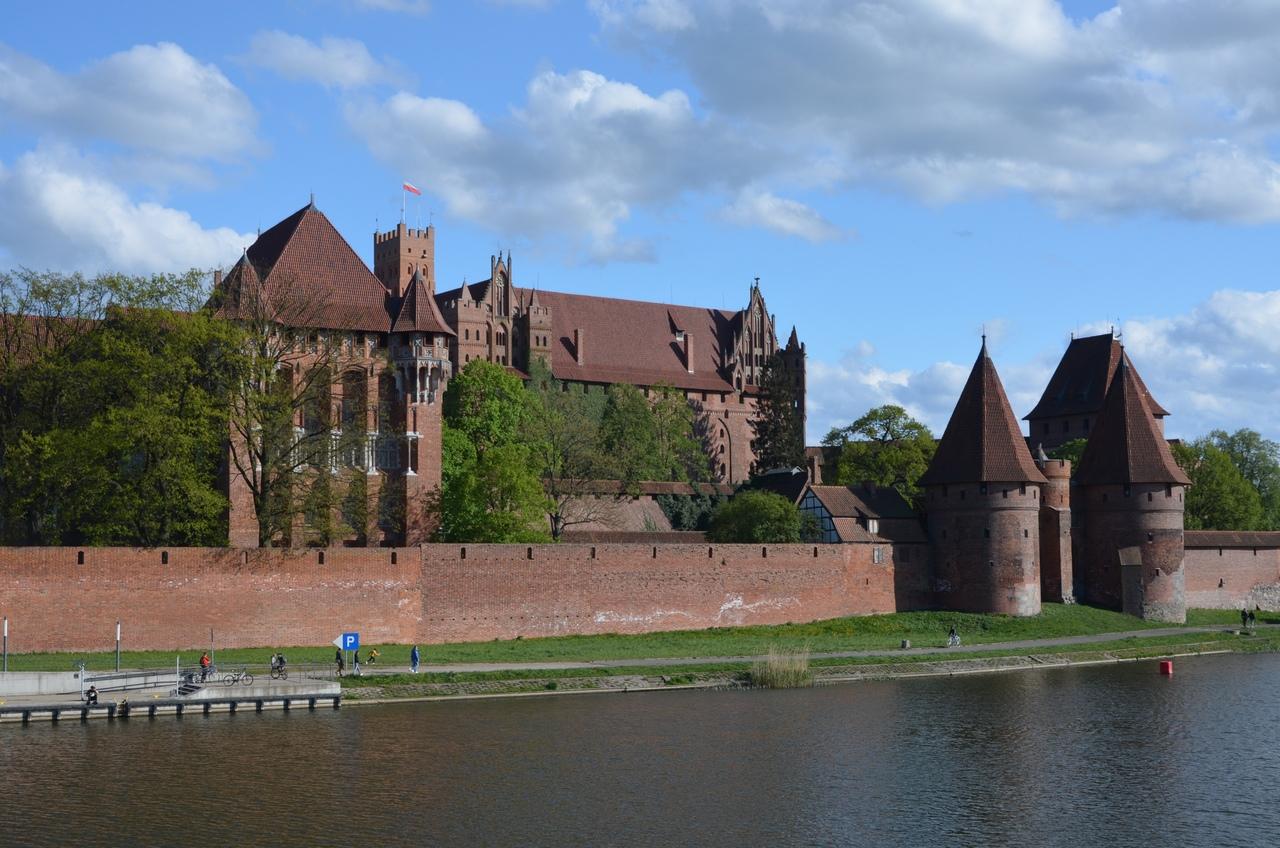jaSd8w9xEnk Мальборк - столица рыцарей в Польше.