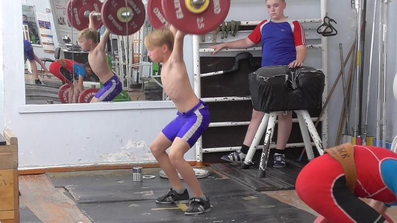 Мирсков Евгений, 12 лет, вк 45 Рывок в п п Рывок кл 23 кг