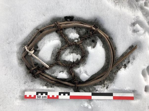 Древние артефакты викингов обнаружены под тающим льдом в Норвегии В горах Йотунхейм в Норвегии на высоте около 1800 метров на протяжении последних двух десятилетий тает ледник Лендбрин, который